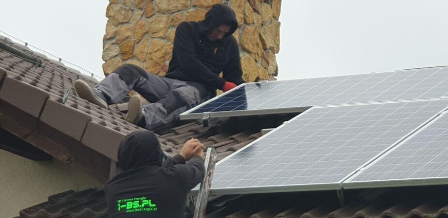 montaż elektrowni słonecznej